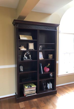 Lighted bookshelf for Sale in Enola, PA