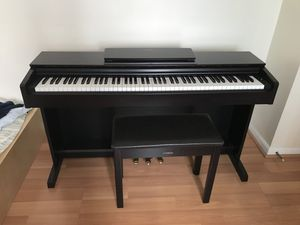 Yamaha ydo 143r arius series console digital piano with bench for Sale in Philadelphia, PA