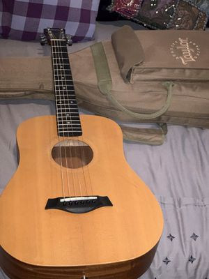 BABY TAYLOR ACOUSTIC GUITAR WITH TRAVEL BAG - NUMBERED for Sale in Weston, FL