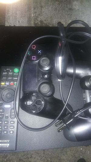 Ps4 slim 2 controllers for Sale in Los Angeles, CA