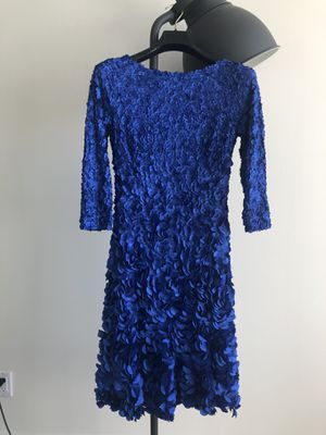 Deep blue Petal Cocktail Dress BY THEIA COUTURE size 10 for Sale in Miami, FL