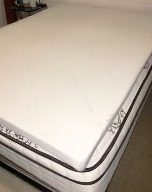 Tencel Memory Foam QUEEN Mattress Topper for Sale in Phoenix, AZ