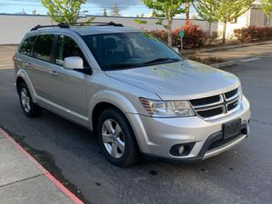 2012 Dodge Journey w/ Third row seating too!! for Sale in Tacoma, WA