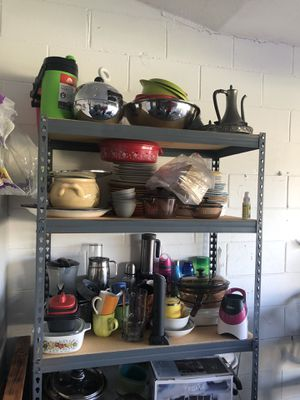 alot of kitchen appliances for Sale in Kissimmee, FL