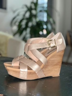 Banana Republic Leather Wedges 7.5 for Sale in Washington, DC