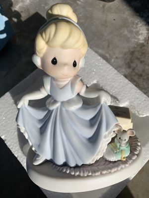 Cinderella precious moments 40.00 no lower please don't ask for Sale in Anaheim, CA