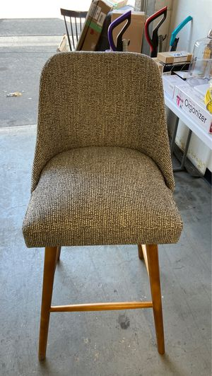 """30"""" Salt and Pepper Color Bar Stool with Solid Wood Legs for Sale in Upland, CA"""