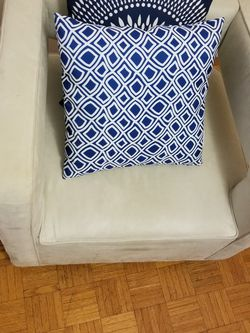 Sofa Chair for Sale in Everett,  MA