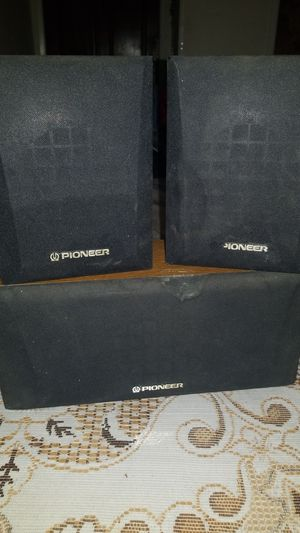 Pioneer speakers. for Sale in Paso Robles, CA