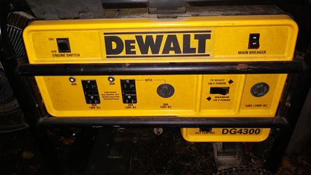 Dewalt 3500 watt generator with Honda motor, VGC. for Sale in East St. Louis,  IL