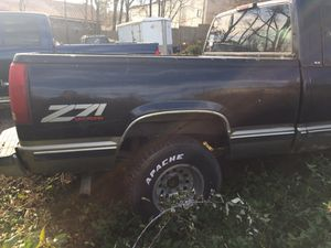 bed off of 1998 gmc pick up, very solid other part available also for Sale in Meriden, CT