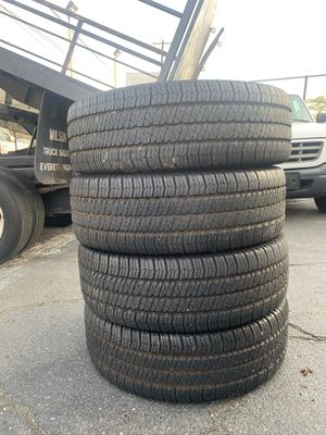 Jeep Wrangler tires and wheels for Sale in Shoreline, WA