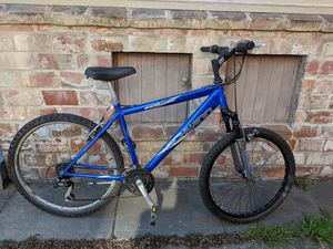 Schwinn mountain bike with front suspension for Sale in Albany, CA