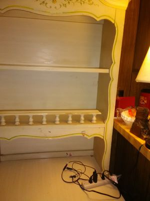 Corner desk for Sale in Clarksville, TN