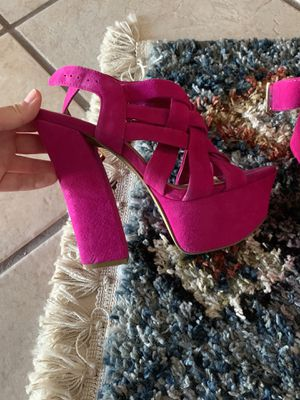 Jessica Simpson Suede Platforms for Sale in Palm Springs, CA