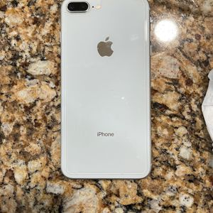 IPHONE 8 Plus Silver for Sale in Sterling Heights, MI