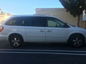 2007 Dodge Grand Caravan passenger sxt- minivan for Sale in San Diego, CA