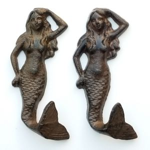 "Brand New! Pair (2) 6"" Mermaid Hooks - Coastal for Sale in Miami, FL"