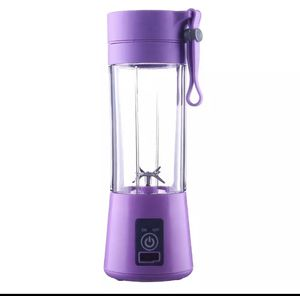 Smoothie Juice Blender with Blades USB Rechargeable On the Go Cup Bottle for Sale in Norwalk, CA