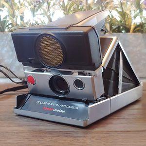 Vintage Polaroid Sx-70 Sonar One Step Land Camera for Sale in Sun City West, AZ