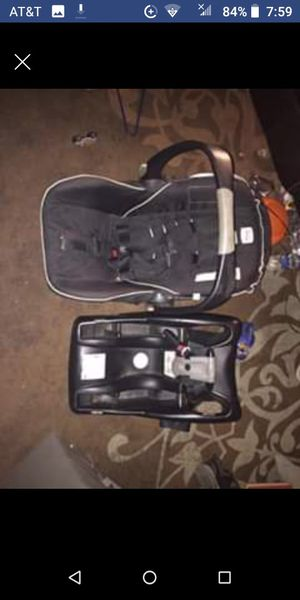 Brittax car seat for Sale in Bellaire, OH