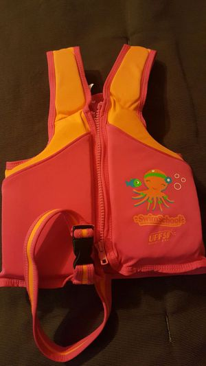 Girls Life vest for Sale in Tamps., MX