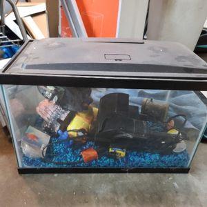 10 Gallon Fish Tank for Sale in Silverado, CA