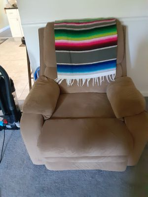 Recliner for Sale in Orland Park, IL