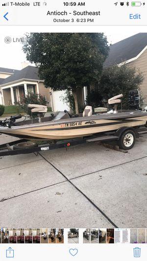 16 fr bass boat $2500 obo for Sale in Nashville, TN