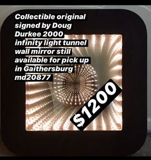 Still available 2000 original signed by Doug Durkee infinity light tunnel wall mirror pick up in Gaithersburg md20877 for Sale in Washington Grove, MD