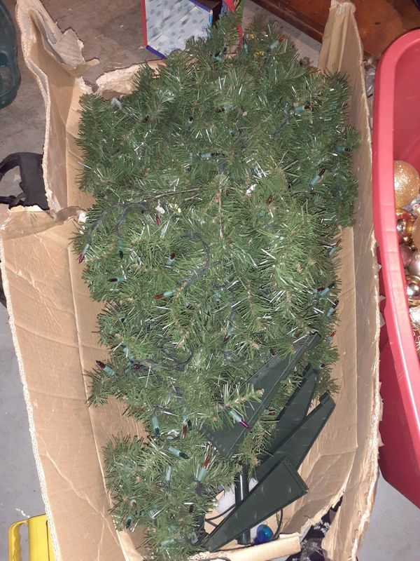 6 ft tall Christmas tree and ornaments