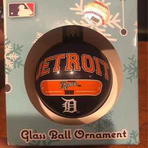 Detroit Tigers Glass Ball Ornament New for Sale in Walker, MI