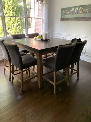Breakfast table -clean for Sale in Plandome, NY