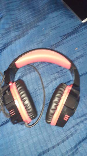 Gaming headphones for Sale in Wichita, KS