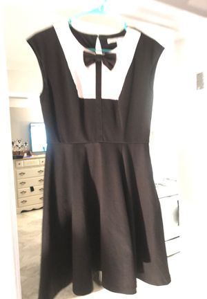 Lauren Conrad Dress size 6 / Bass Flower Print Skirt size 4 for Sale in Ventura, CA