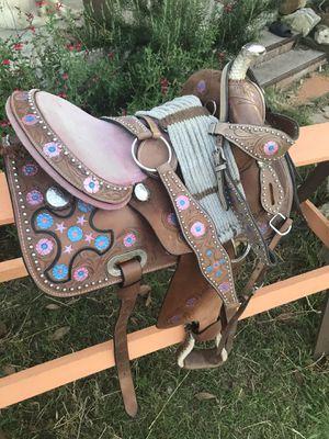 "Nice pink barrel/ western 13"" saddle for Sale in Lockhart, TX"