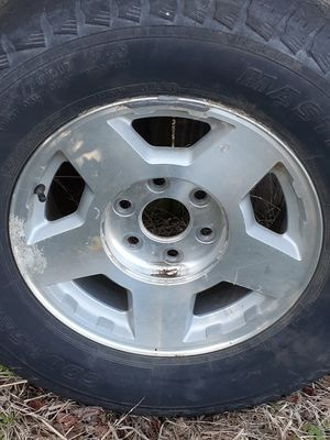 Tire and rim for Sale in Fort Smith, AR