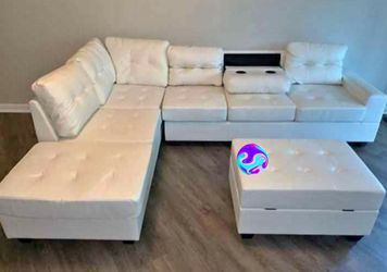 [SPECIAL] Pablo White Sectional And ottoman| U5300 byGlobal 🤝In stock for Sale in Rockville,  MD