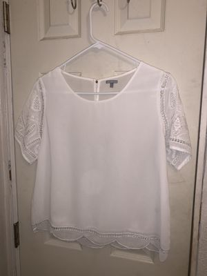White dressing shirt for Sale in Westminster, CA