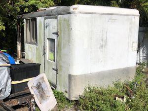 Enclosed trailer for Sale in Hialeah, FL