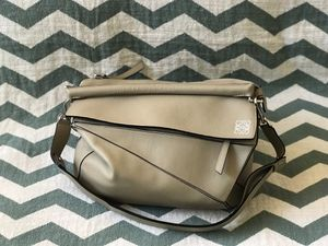 Loewe-Puzzle messenger bag-Large for Sale in Murrieta, CA