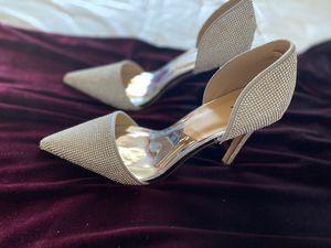 Windsor Velvet Burgundy Dress Heels accesorios Prom Wedding Size Large for Sale in Buena Park, CA
