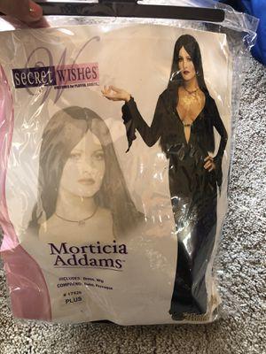 Morticia Addams costume 1xl plus costume for Sale in San Leandro, CA