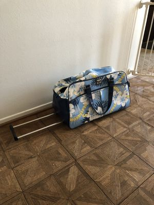 Roxy Rolling Duffle Bag for Sale in Tustin, CA