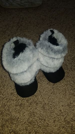 Infant girl boots for Sale in Indianapolis, IN