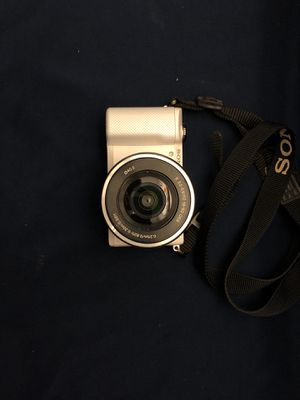 Sony A5000 for Sale in Queens, NY