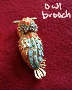 Vintage Gold Owl Brooch for Sale in Dickinson,  TX