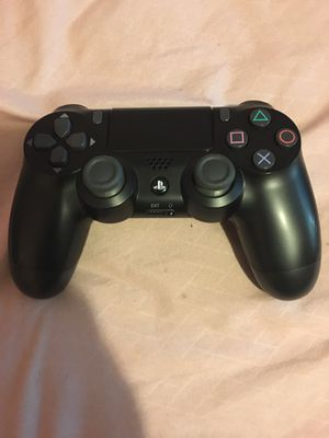 Dual Shock 4 PS4 Controller for Sale with Madden included for Sale in Charlotte, NC