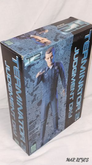 """""""T - 1000 TERMINATOR"""" Terminator Judgement day model kit by HORIZON for Sale for sale  Queens, NY"""