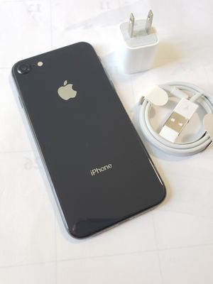 iPhone 8, Factory Unlocked.. Excellent Condition. for Sale in Fort Belvoir, VA